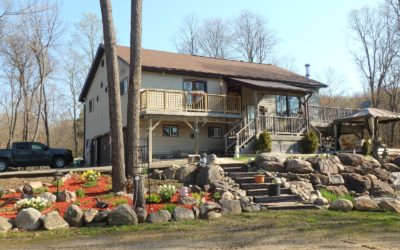 Beautiful Home on 37+ Acres – SOLD