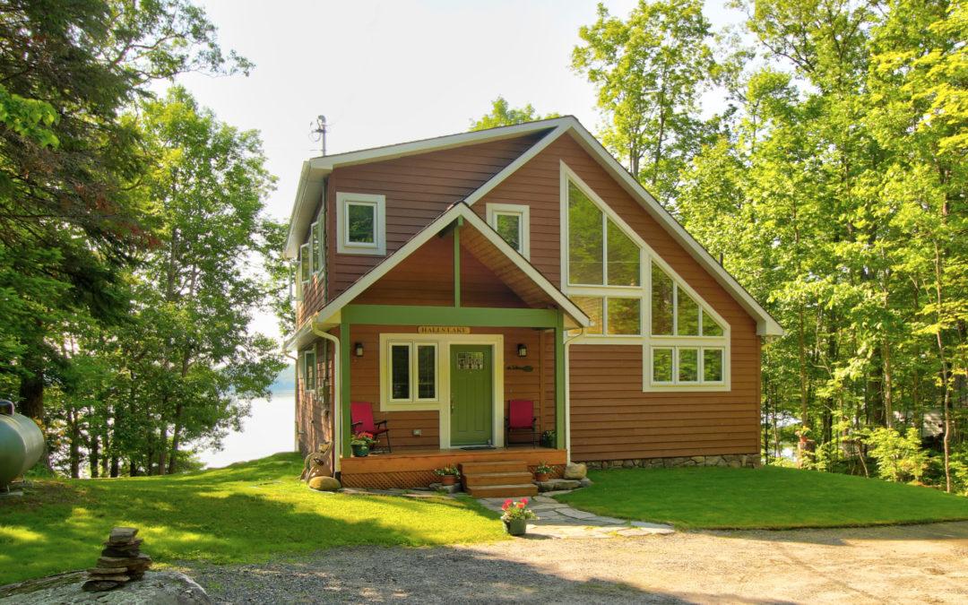 Halls Lake Waterfront Home – SOLD