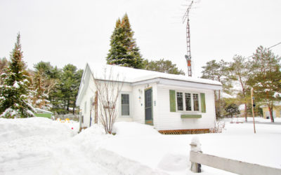 Bungalow Near Dwight Beach – SOLD